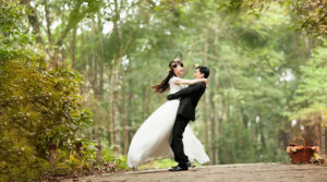 Casamento no exterior deve ser registrado no Brasil