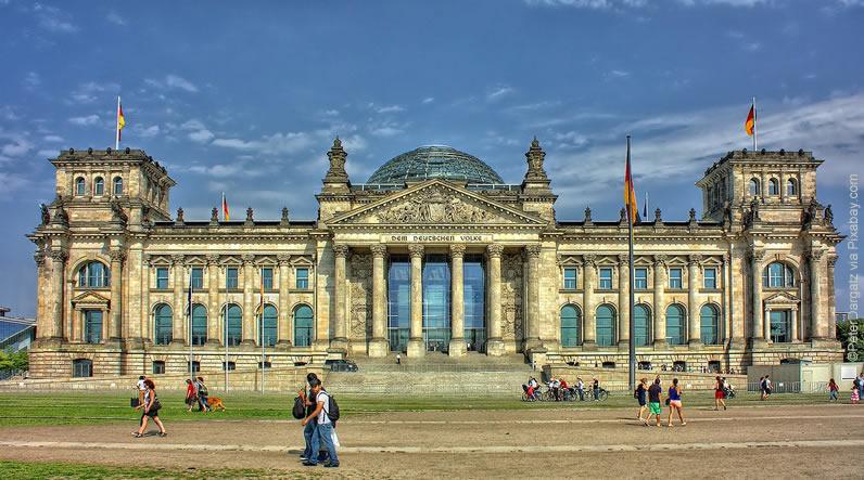 Bolsas de Estudo na Alemanha (Política Pública e Governança)