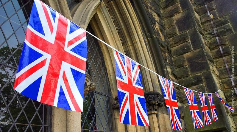 Bolsas de Estudo: Aperfeiçoamento em Turismo/Hotelaria no Reino Unido